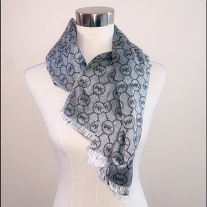 Michael Kors Reversible Gray Scarf